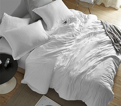 Chommie - Weighted Natural Loft Twin XL Comforter - White